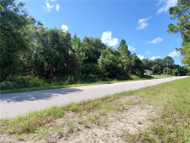 13395 Bouvardia Ln, Port Charlotte, FL 33981 (MLS #221058899) :: Clausen Properties, Inc.