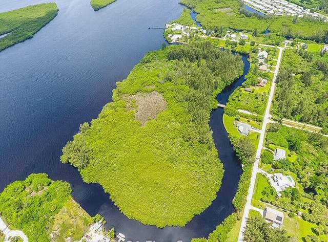 418 Peace Island Dr, Punta Gorda, FL 33950 (#221059467) :: REMAX Affinity Plus