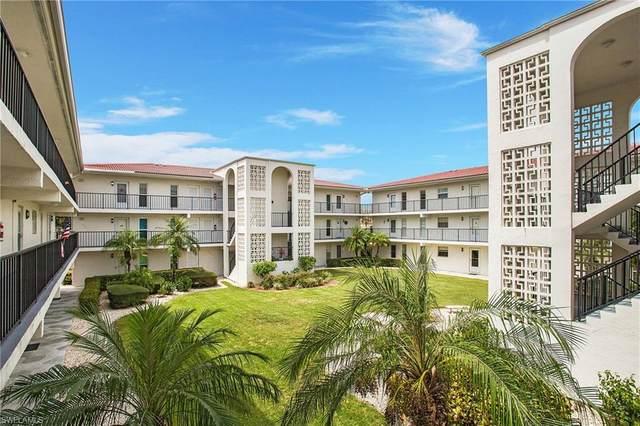 53 High Point Cir W #208, Naples, FL 34103 (#221061569) :: Earls / Lappin Team at John R. Wood Properties