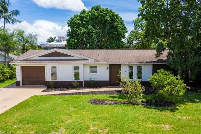 27211 Belle Rio Dr, Bonita Springs, FL 34135 (#221062779) :: Earls / Lappin Team at John R. Wood Properties