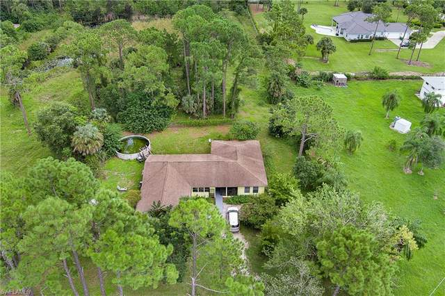 2060 Oakes Blvd, Naples, FL 34119 (#221063957) :: Earls / Lappin Team at John R. Wood Properties
