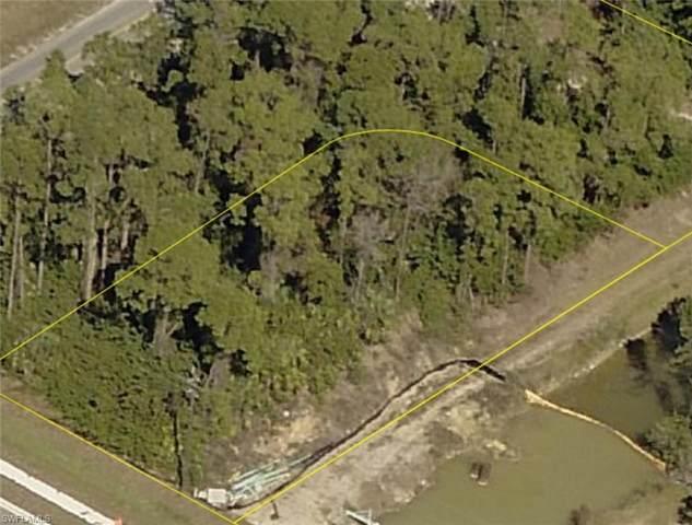 302 Meadow Rd, Lehigh Acres, FL 33973 (MLS #221063978) :: Medway Realty