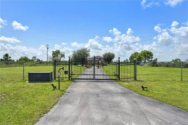 3880 62nd Ave NE, Naples, FL 34120 (MLS #221064067) :: Realty One Group Connections