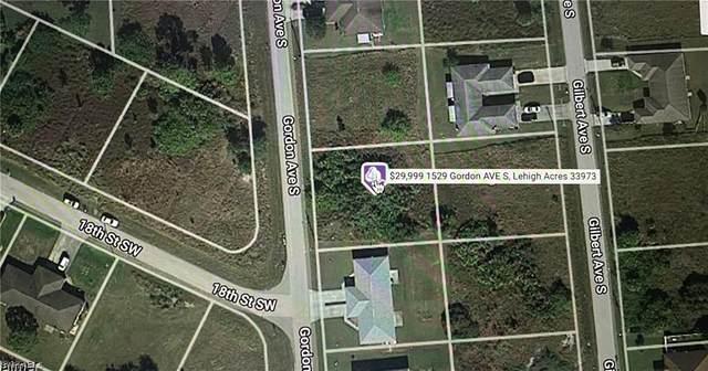 1529 Gordon Ave S, Lehigh Acres, FL 33973 (MLS #221064230) :: #1 Real Estate Services