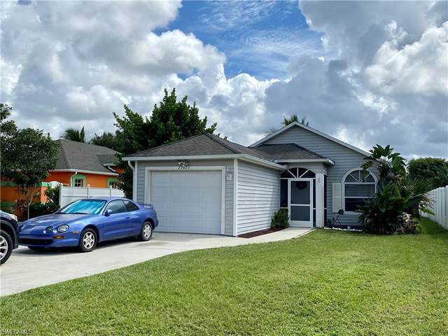 27423 Horne Ave, Bonita Springs, FL 34135 (MLS #221065625) :: Clausen Properties, Inc.
