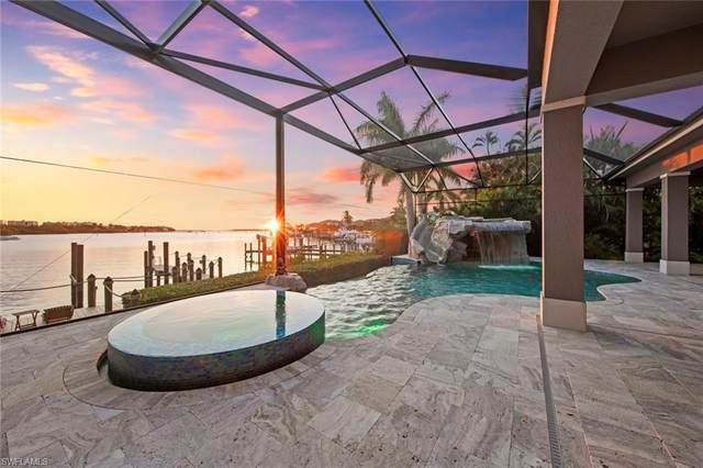 826 Cal Cove Dr, Fort Myers, FL 33919 (MLS #221065851) :: Clausen Properties, Inc.