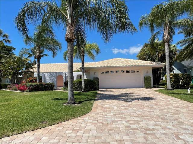 2329 Longboat Dr, Naples, FL 34104 (MLS #221065869) :: Realty One Group Connections