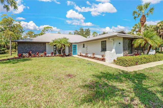 1075 31st St SW, Naples, FL 34117 (MLS #221066200) :: Waterfront Realty Group, INC.