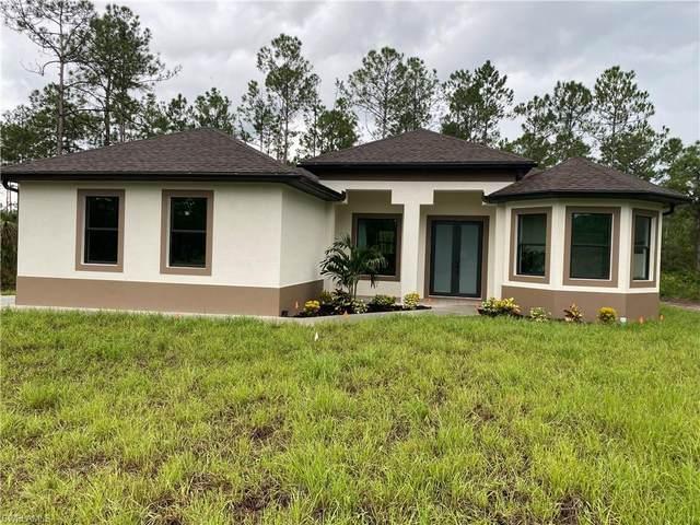 4442 8th Ave NE, Naples, FL 34120 (MLS #221066406) :: Crimaldi and Associates, LLC