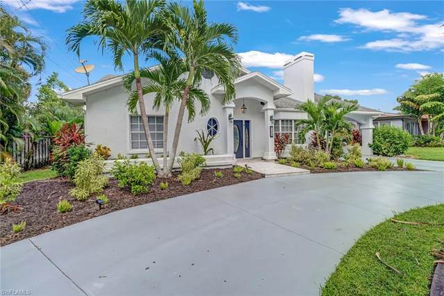 1213 Hopedale Dr, Fort Myers, FL 33919 (#221067411) :: Earls / Lappin Team at John R. Wood Properties