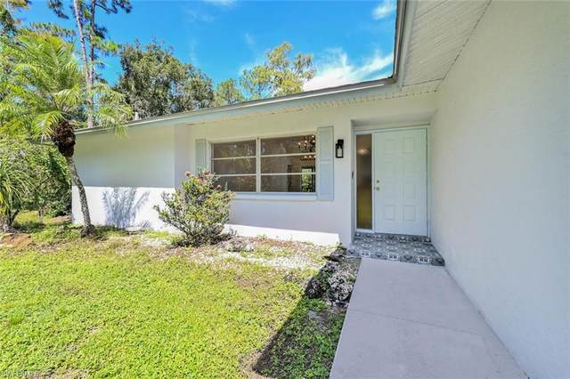 6075 Dogwood Way, Naples, FL 34116 (MLS #221067561) :: Wentworth Realty Group