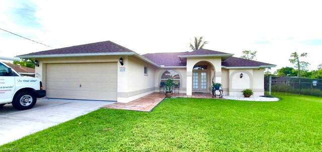 1701 54th Ter SW, Naples, FL 34116 (MLS #221067650) :: Realty One Group Connections