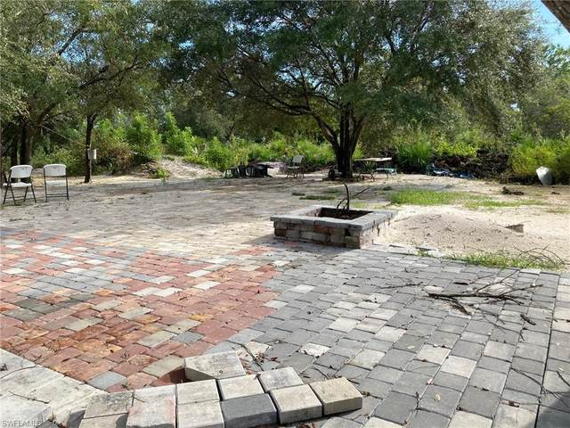 7620 22nd Pl, Labelle, FL 33935 (#221067887) :: Equity Realty
