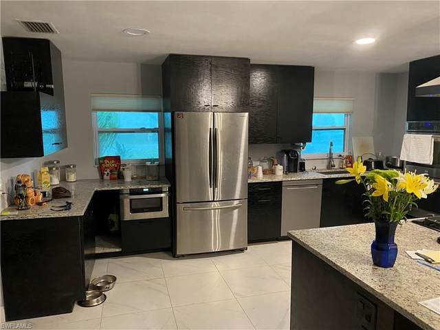 197 Wickliffe Dr NW, Naples, FL 34110 (#221067976) :: MVP Realty