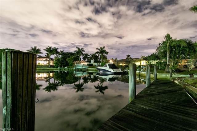 1380 Blue Point Ave, Naples, FL 34102 (MLS #221068063) :: Clausen Properties, Inc.