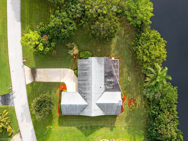 7225 Heaven Ln, Fort Myers, FL 33908 (MLS #221068173) :: Realty World J. Pavich Real Estate