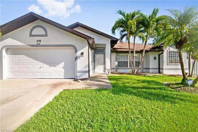 229 SE 14th Ter, Cape Coral, FL 33990 (MLS #221068444) :: Dalton Wade Real Estate Group
