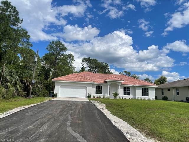 1950 Blue Sage Dr, Naples, FL 34117 (#221069445) :: Jason Schiering, PA