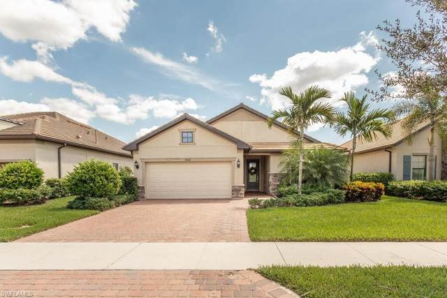 7460 Blackberry Dr, Naples, FL 34114 (MLS #221070210) :: Realty One Group Connections