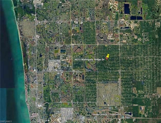 4871 Mahogany Ridge Dr, Naples, FL 34119 (#221070265) :: The Michelle Thomas Team