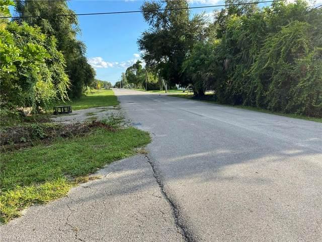 East Of Windsor On Boulevard Street, Bonita Springs, FL 34134 (#221072354) :: We Talk SWFL