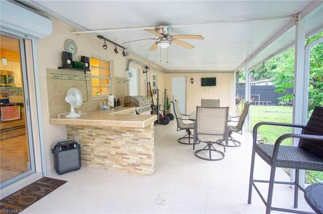 3838 Estey Ave, Naples, FL 34104 (#221073217) :: Caine Luxury Team