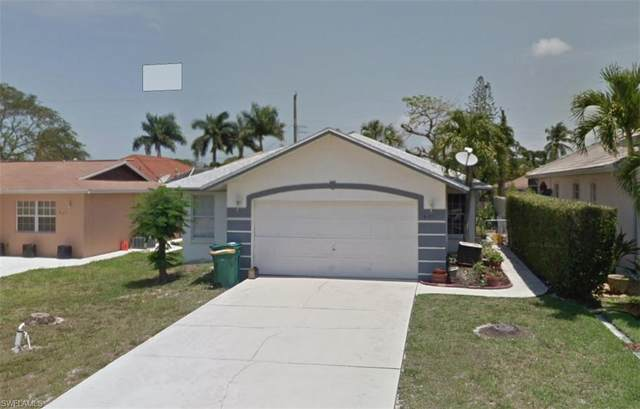 691 98th Ave N, Naples, FL 34108 (#221073362) :: Jason Schiering, PA