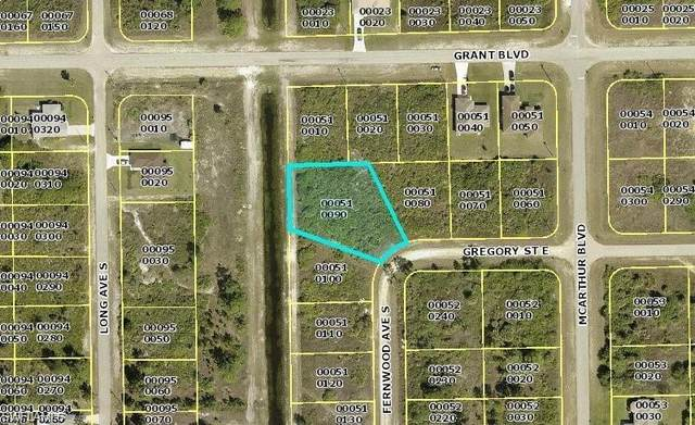 903 Gregory St E, Lehigh Acres, FL 33974 (MLS #221074037) :: Waterfront Realty Group, INC.