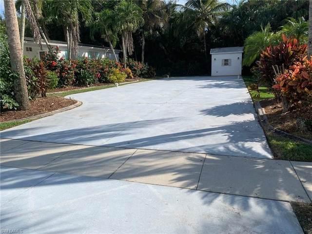 1239 Silver Lakes Blvd, Naples, FL 34114 (#221074103) :: The Michelle Thomas Team