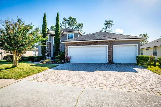 818 Lord Nelson Blvd, Jacksonville, FL 32218 (MLS #221074181) :: The Naples Beach And Homes Team/MVP Realty