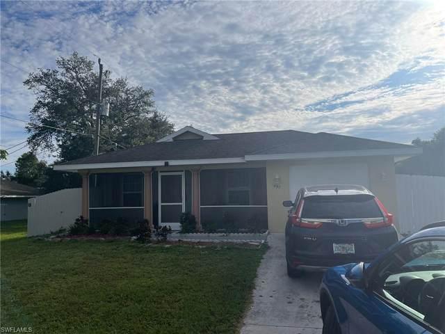 497 Clotilde Ave, Fort Myers, FL 33905 (MLS #221074264) :: Avantgarde