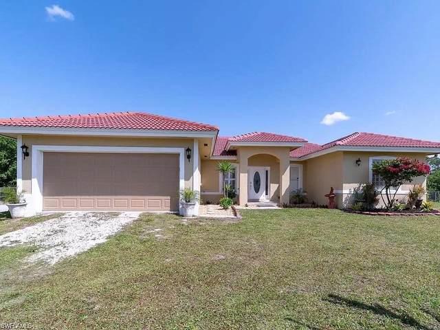 2395 41st Ave NE, Naples, FL 34120 (MLS #221074302) :: Medway Realty