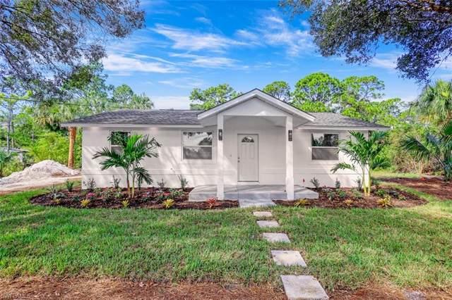 241 12th St SE, Naples, FL 34117 (MLS #221074324) :: Clausen Properties, Inc.