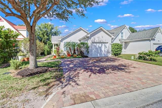 207 Leawood Cir, Naples, FL 34104 (#221074443) :: Equity Realty
