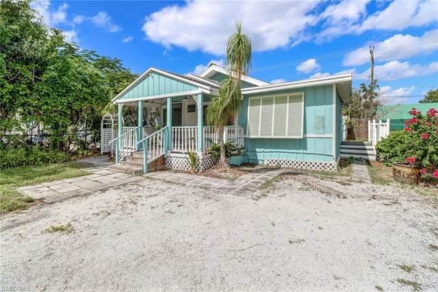 1017 Ridge St, Naples, FL 34103 (#221075057) :: Southwest Florida R.E. Group Inc