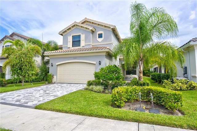 4454 Crimson Ave, Naples, FL 34119 (#221075292) :: Jason Schiering, PA