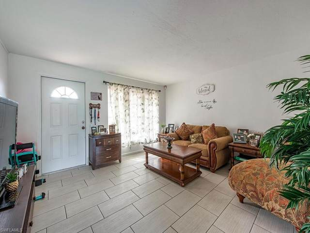681 99th Ave N, Naples, FL 34108 (MLS #221075616) :: Premiere Plus Realty Co.