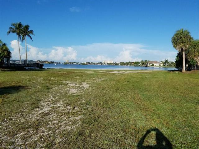540 S Barfield Dr, Marco Island, FL 34145 (#217046674) :: Homes and Land Brokers, Inc
