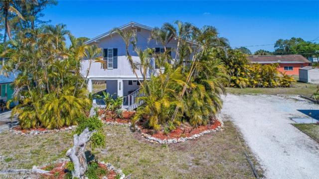 857 91st Ave N, Naples, FL 34108 (#218021153) :: RealPro Realty