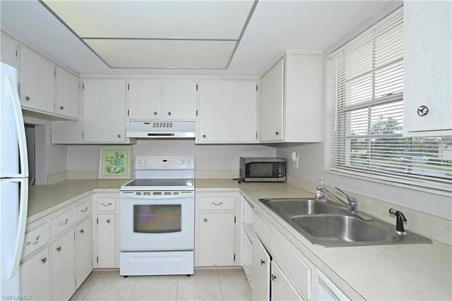 315 Saint Andrews Blvd C-22, Naples, FL 34113 (MLS #218024608) :: The New Home Spot, Inc.