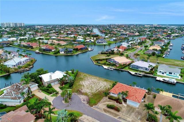 1044 Cottonwood Ct, Marco Island, FL 34145 (MLS #218036734) :: The New Home Spot, Inc.