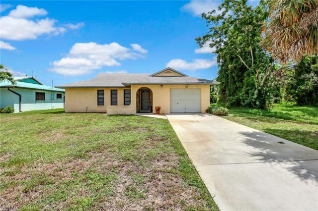 60 1st St, Bonita Springs, FL 34134 (MLS #218053454) :: RE/MAX DREAM