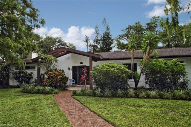 530 Weber Blvd S, Naples, FL 34117 (MLS #218056085) :: The Naples Beach And Homes Team/MVP Realty