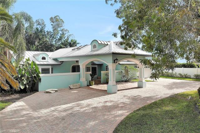 700 Old Trail Dr, Naples, FL 34103 (#218074849) :: Equity Realty