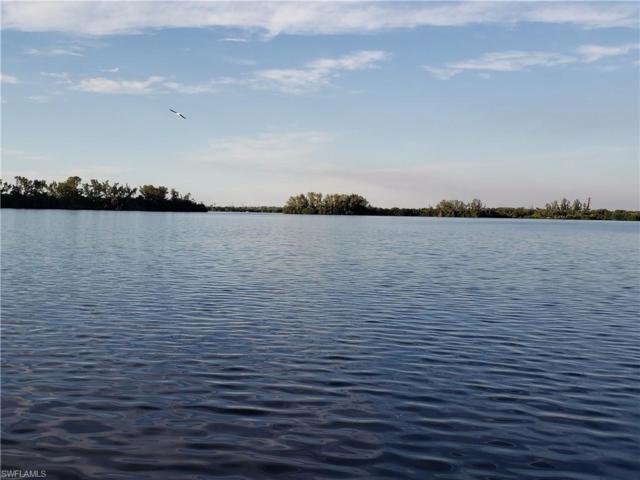 4515 E Riverside Dr, Fort Myers, FL 33905 (MLS #219007649) :: The Naples Beach And Homes Team/MVP Realty