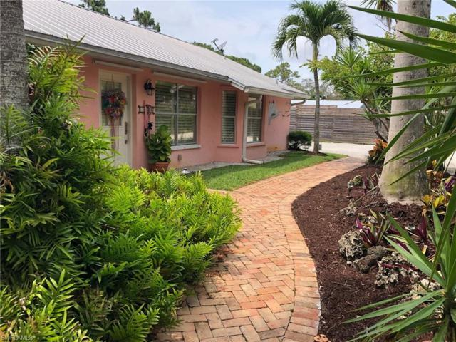 1280 26th Ave N, Naples, FL 34103 (MLS #219035039) :: The Naples Beach And Homes Team/MVP Realty