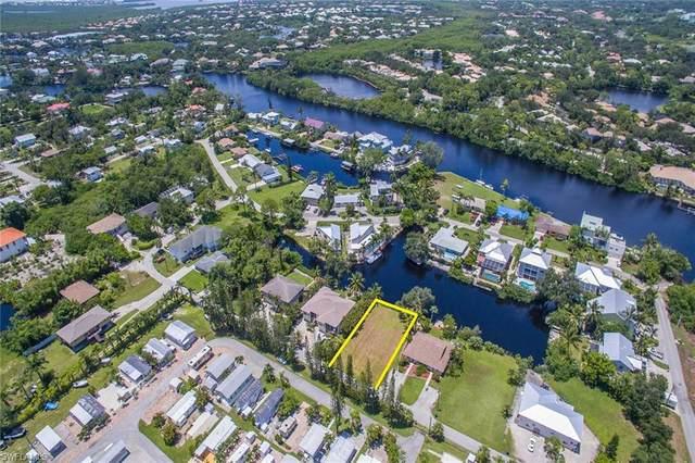 3665 Riviera Cir, Bonita Springs, FL 34134 (#219060428) :: Jason Schiering, PA