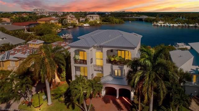 199 San Mateo Dr, Bonita Springs, FL 34134 (#219061805) :: The Dellatorè Real Estate Group
