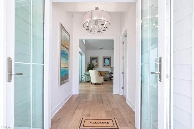 2120 Curtis St, Naples, FL 34112 (#219065182) :: The Dellatorè Real Estate Group