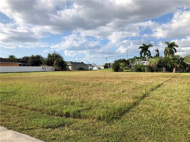 2005 Savona Pky W, Cape Coral, FL 33914 (MLS #219075919) :: The Naples Beach And Homes Team/MVP Realty